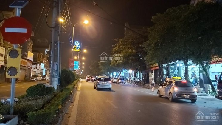 Bán nhà mặt phố Trần Phú - Vĩnh Yên - Vĩnh Phúc, kinh doanh sầm uất. DT 102m2, giá 3,8 tỷ