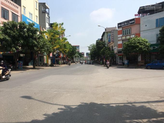 Bán nhà mặt phố Ngô Xuân Quảng, Trâu Quỳ, diện tích 56m2, thu nhập 20tr/tháng