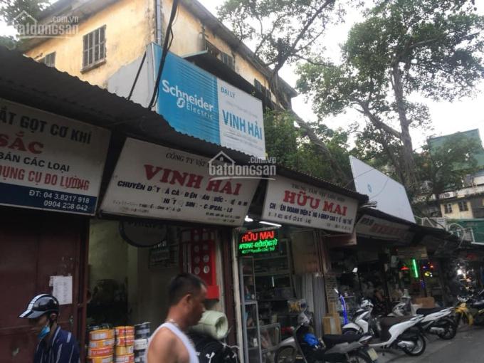 Cho thuê căn hộ tập thể tầng 4 D3 Nguyễn Công Trứ DT 60m2, 2PN, giá 6 triệu/tháng. LH: 0916617739