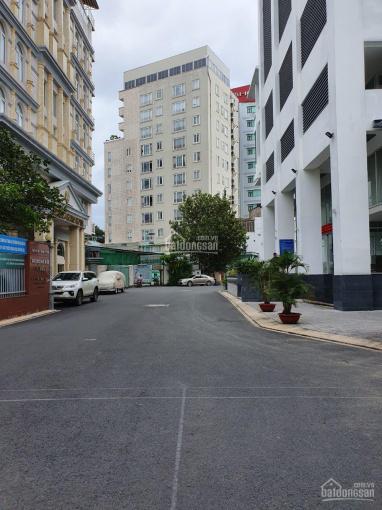 Bán nhà mặt tiền đường 3 Tháng 2 Quận 11 DT: 3.1x10m 3 lầu giá: 8.2 tỷ, liên hệ: 0909141278 bình