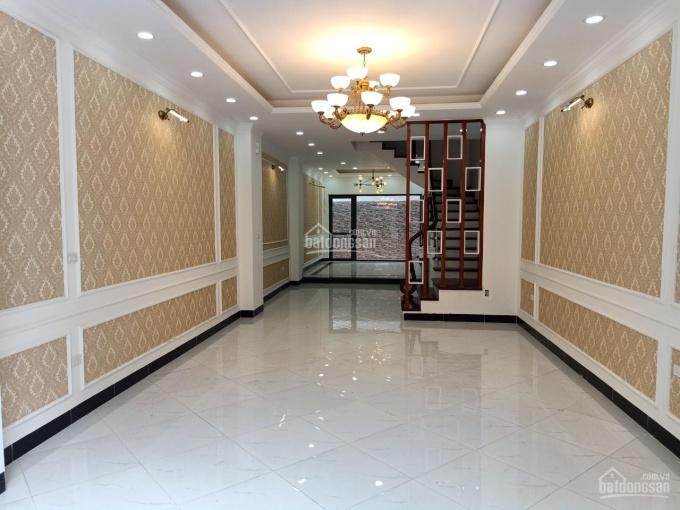 Bán gấp nhà 90m2 xây mới 2 tầng mặt phố Vũ Quý - Thái Bình, kinh doanh tốt. 0988398807