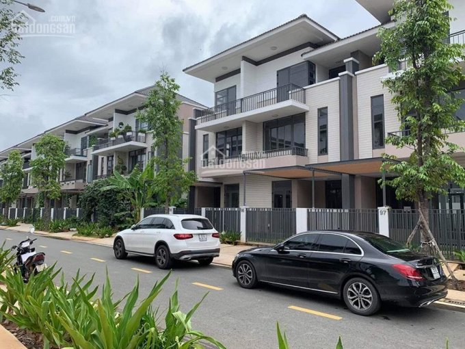 Bán nhà đường Võ Nguyên Giáp, TP. Biên Hòa, sổ hồng riêng, giá chỉ 1,6 tỷ/căn, 0909934581