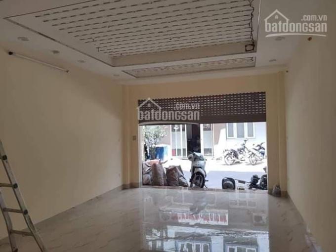 Bán gấp nhà phố Trần Duy Hưng kinh doanh hoặc cho thuê, ô tô đỗ cửa. DT 55m2, 5 tầng, giá 6.4 tỷ ảnh 0