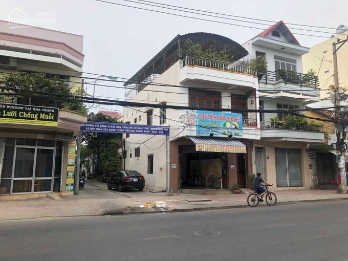 Bán nhà 2 mặt tiền đường Vân Đồn - TTTP Nha Trang cực kỳ sầm uất !