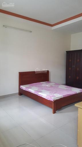 Cho thuê nhà 2 mặt tiền đường Lam Sơn Phường 2 Tân Bình diện tích 5x16m 1 trệt 2,5 lầu