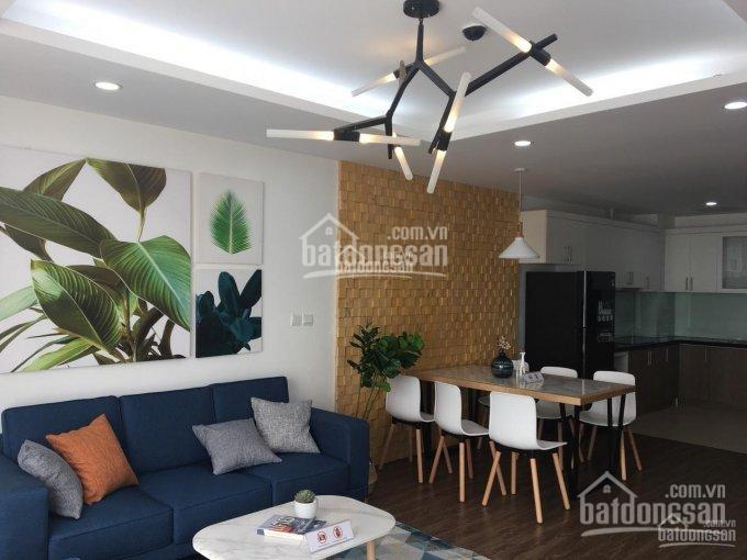 Tôi cần bán gấp căn hộ 2 phòng ngủ đẹp nhất dự án UDic West lake, mặt đường Võ Chí Công