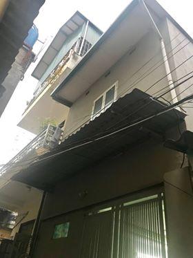 CC bán nhà C4 có gác xép, ở ngay trong làng Văn Phú HĐ, giá 1.48 tỷ. LH 0979788218