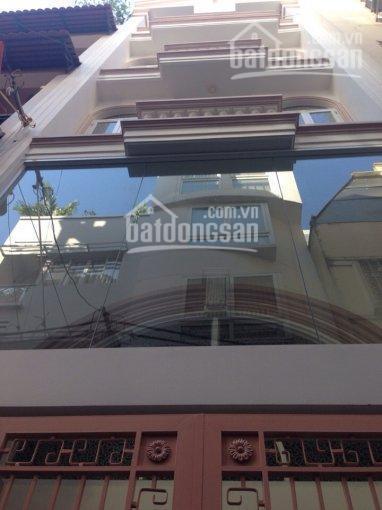 Cho thuê nhà CHDV 5 tầng ngay Trần Hưng Đạo, Q.1, gần phố tây, giá 45 triệu/tháng