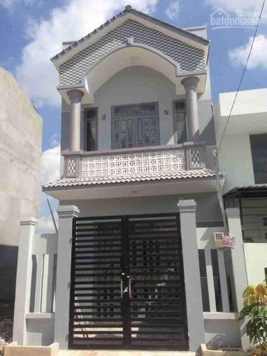 Bán nhà 1 trệt 1 lầu, đường Tân Liêm gần chợ Phú Lạc, giá 970 triệu, SHR, hỗ trợ vay ảnh 0
