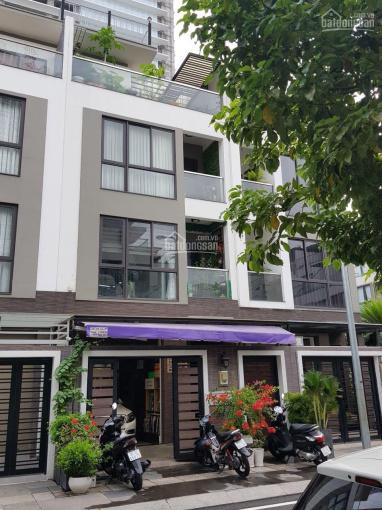 Cần bán gấp nhà mặt tiền đường Đồng Nai (Hầm 5 lầu). HĐ thuê 60tr/tháng