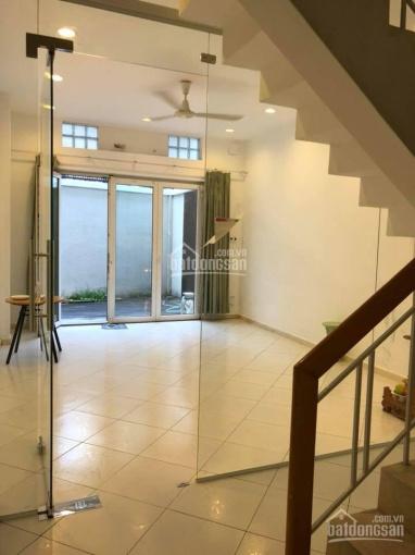 Cho thuê gấp căn nhà 2 tầng DT đất 98m2 HXH Hồ Hảo Hớn, P. Cô Giang, Q1, giá 35tr/tháng