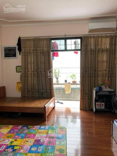Căn duy nhất nhà đẹp 5 tầng Nguyễn Khang - ô tô đỗ - kinh doanh. Giá 4.4 tỷ