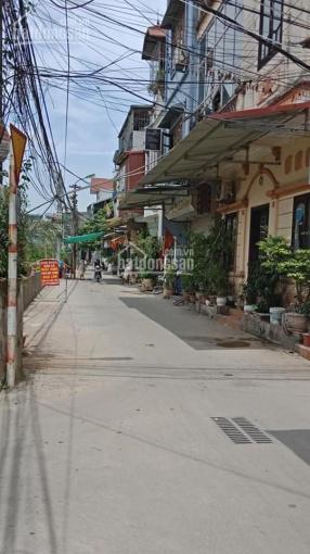 Tôi cần bán gấp nhà phố Nguyễn Khoái kinh doanh gara ô tô 45m2, 4T, 3.05 tỷ. Sổ đỏ chính chủ