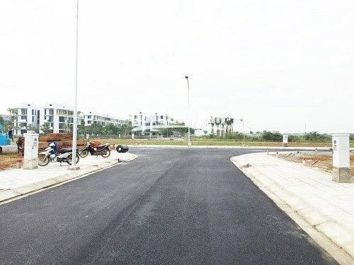 Bán đất vị trí đẹp ngay KDC Đại Học Bách Khoa, Q9 210m2, SHR, giá chỉ 20tr/m2, chính chủ 0352285347