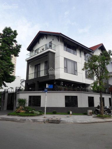 Cho thuê nhà 2 mặt tiền Ung Văn Khiêm, Bình Thạnh, DT: 22x25m, giá 230tr/tháng. LH 0938 682 933