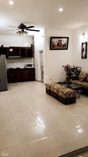 Chính chủ cho thuê nhà ngay Hồ Tây ở Quảng An, Quảng Khánh, giá rẻ