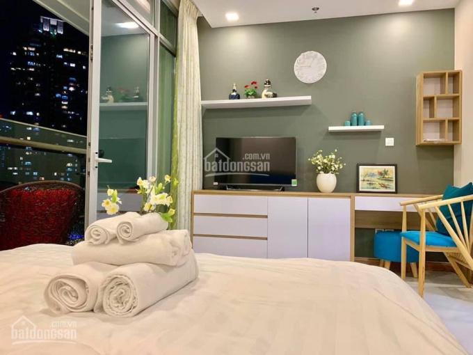 Bán studio 1 phòng ngủ 2.7 tỷ sở hữu lâu dài Vinhomes Central Park, LH Tú 0909262810