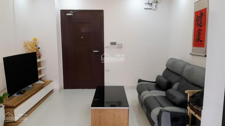 Chuyển nhà mới cần cho thuê gấp căn hộ 65m2 2PN full đồ 8tr/th Nghĩa Đô, LH: 0974 104 181