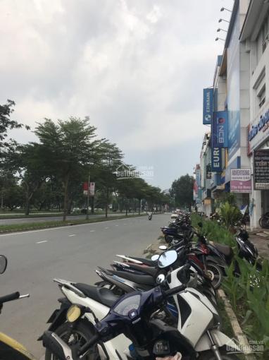 Bán shophouse Sky Garden 1 DT 100m2, mặt tiền Nguyễn Văn Linh, khu kinh doanh sầm uất