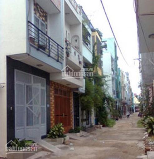Bán nhà nguyên căn đường Khánh Hội, Q4, 132m2, 3PN, 2WC, full nội thất, giá 8.9 tỷ. LH 0901414505