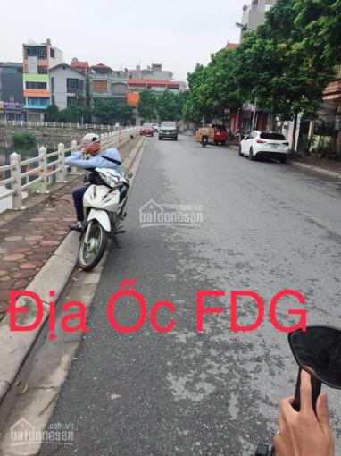Bán 90m2 đất đường vỉa hè kinh doanh sầm uất ở phường Sài Đồng - Long Biên. LH 0984134497