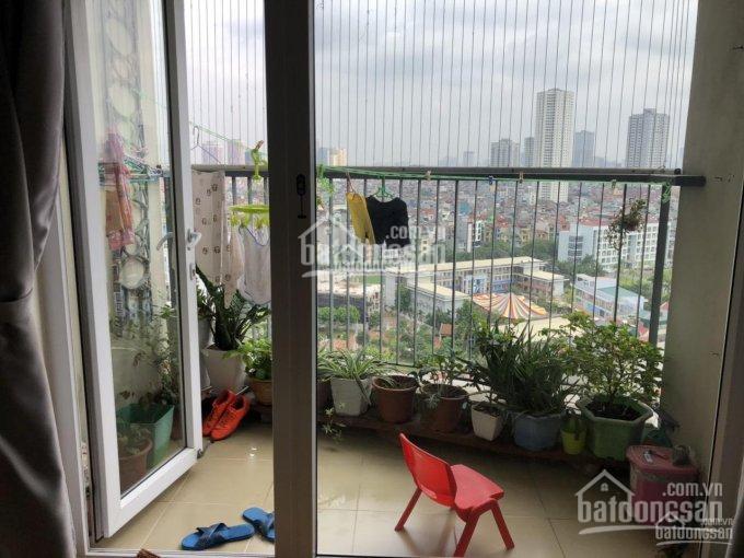 Chính chủ bán căn hộ CC Văn Phú Victoria, tòa V2, tầng 14, căn góc số 11. Cần bán gấp!