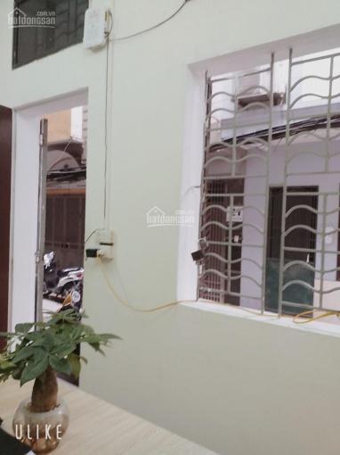 Chính chủ cho thuê phòng trọ ngõ 124 Nguyễn Xiển riêng biệt, khép kín điều hòa, nóng lạnh, DT 20m2