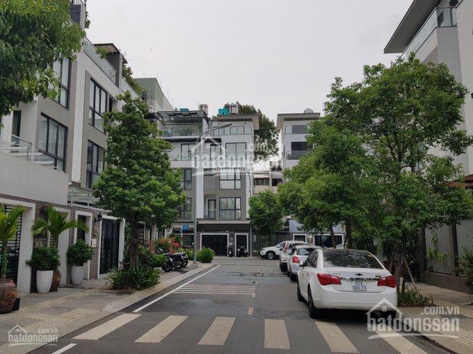 Cần bán nhà đường Nguyễn Chí Thanh, phường 9, quận 5, DT 8x20m, giá 28 tỷ TL