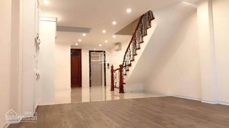 Bán gấp nhà mặt phố An Dương Vương 211m2, xây 6 tầng, mặt tiền đẹp 6m, view sông Hồng, 145 tr/m2