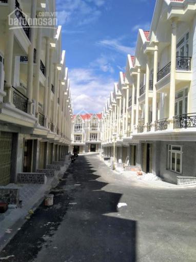 Mở bán dãy nhà phố liên kế đường Nguyễn Trung Trực lớn và đẹp nhất Đà Lạt
