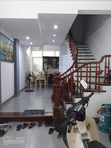 Bán nhà Kim Giang, Hoàng Mai, thông số chuẩn DT 41m2 x 4 tầng, giá 2.8 tỷ - 0956279956