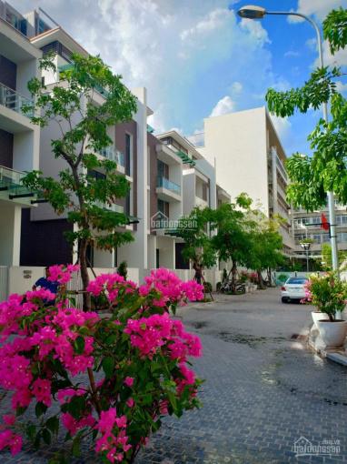 Bán nhà vườn liền kề Trần Kim Xuyến, KĐT Yên hòa DT 175m2, MT 7m, giá 27 tỷ, LH 0984250719