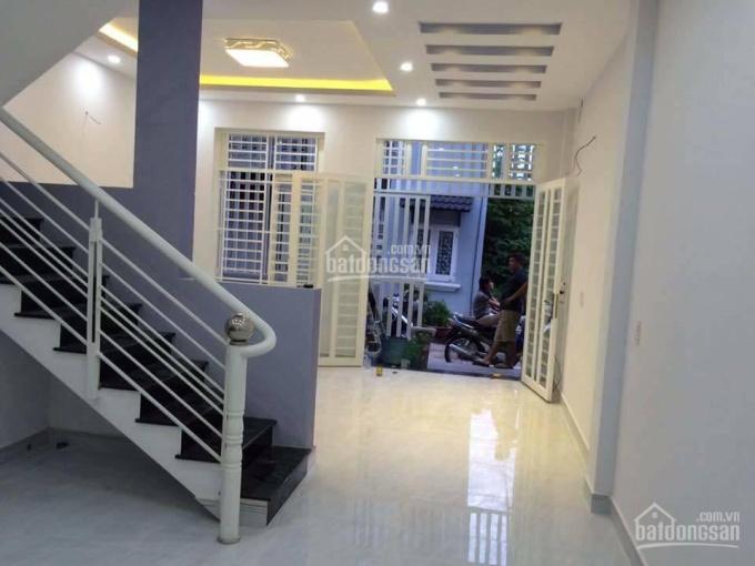 Cần tiền bán nhà mặt phố Lê Văn Khương, Quận 12. DT: 155 m2, kinh doanh siêu đẹp - LH 0937369866