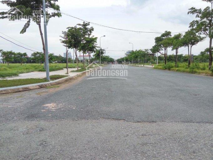 Hot bán nhà mới, giá TT 950 triệu, 1 trệt 1 lầu, P. Trường Thạnh, Quận 9, LH 0896.635.639
