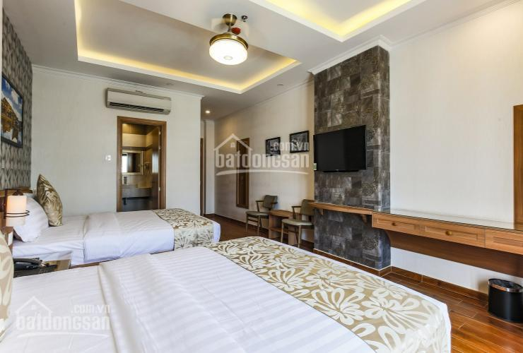 Bán khách sạn 2 sao đường Trường Sơn, Phường 2, Tân Bình, 9x20m, trệt, 7 lầu, 31P hỗ trợ vay