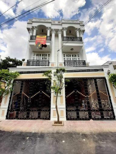 Bán nhà đường Số 9 phường Linh Chiểu, gần Vincom Thủ Đức, nhà 1 trệt 2 lầu + sân thượng+sân xe hơi