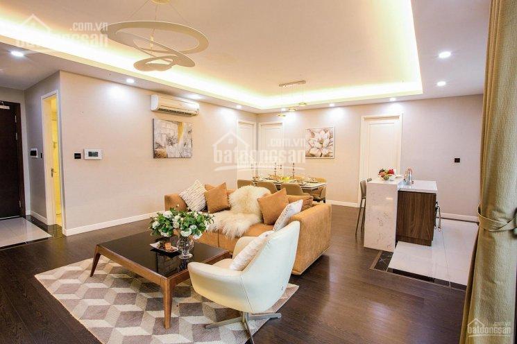 Cần bán nhà 5 tầng mặt phố Nguyễn Gia Thiều, DT 143m2, MT 10,5m, nở hậu, LH: 0913851111
