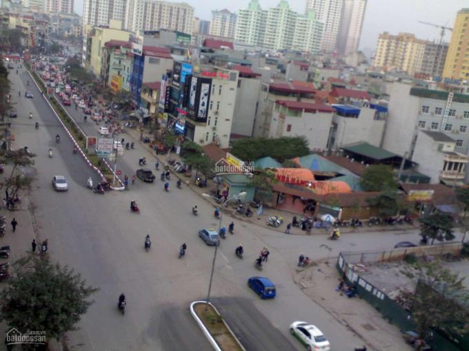 Cần bán shophouse mặt phố Trần Thái Tông - khu phố Wall, giá 440tr/m2. Liên hệ: 094 998 3368