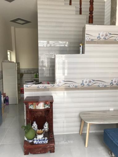 Gốc nhà 1 trệt, 1 lầu chính chủ Tân Kim, cách bến xe quận 8 chỉ 8km, giá 820 triệu/căn