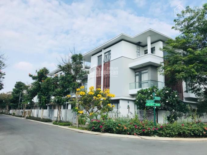 Cơ hội sở hữu nhà và đất tại trung tâm Q. 2, giá chỉ 65tr/m2. LH: 0902 746 319