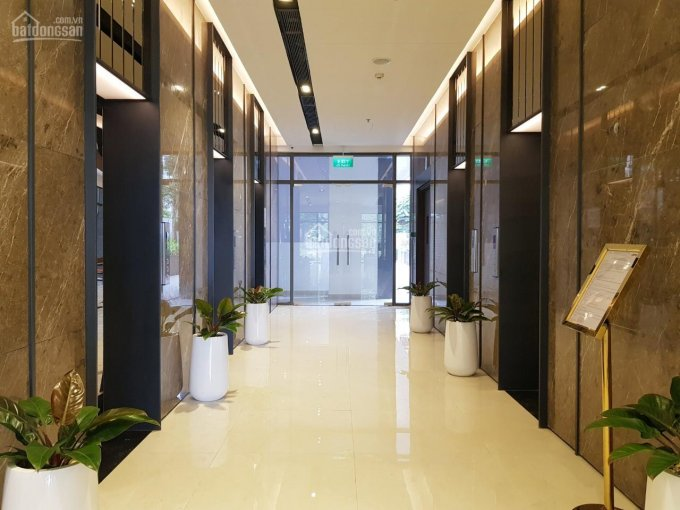 Cần bán căn hộ c/c cao cấp The One Sài Gòn, Quận 1. DT 120m2, 3PN, có sổ, giá: 9,5 tỷ 0909130543