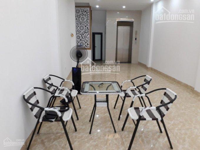 Cho thuê nhà phố Thịnh Quang, DT: 55m2 x 6T, MT: 4,5m, có thang máy, 30 triệu/th, LH: 0903215466