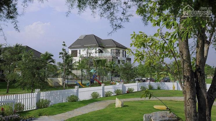 Bán nhà xây thô nhiều diện tích 1 trệt 2 lầu, dân cư hiện hữu, bảo vệ 24/24. LH 090.373.4467