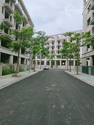 Bán nhà liền kề Hoàng Như Tiếp, Long Biên, 160m2 x 7T, MT 6.4m, giá 14,5 tỷ