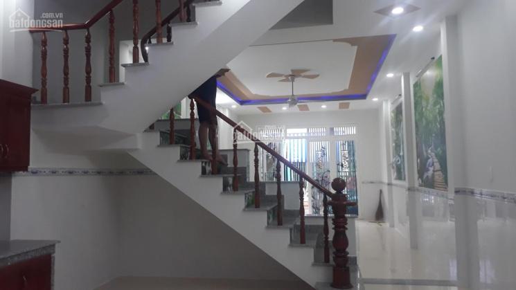 Nhà mới xây 650 tr, sổ hồng thổ cư, 3 phòng ngủ, long thành