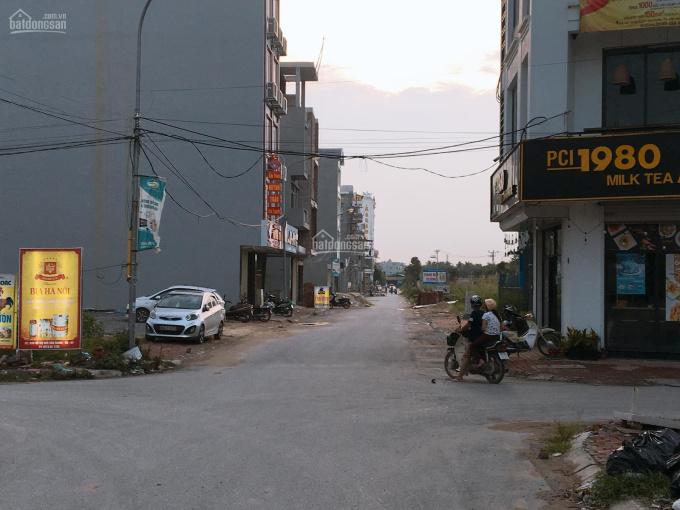 Bán đất đấu giá vòng xuyến Văn Giang, Hưng Yên