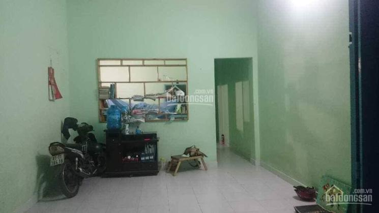 Tôi là chủ cần bán nhà cấp 4, 75m2 vuông vức, đường xe hơi, cách Đình Phong Phú 400m