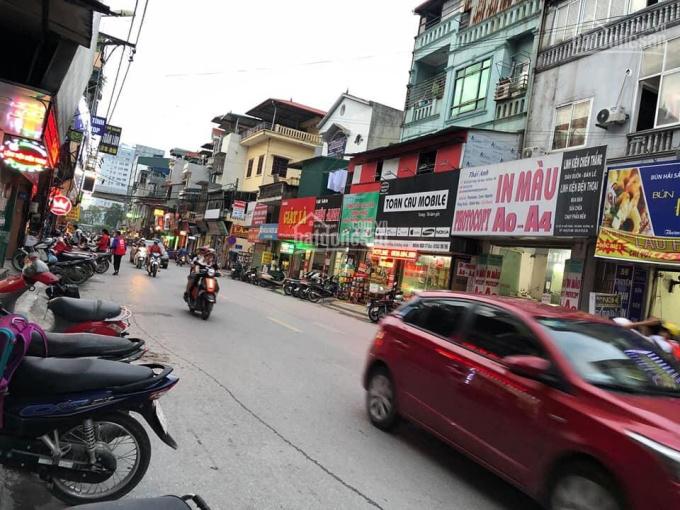 Tôi cần bán nhà 2 tầng đang kinh doanh mặt phố Chiến Thắng, Hà Đông, Hà Nội