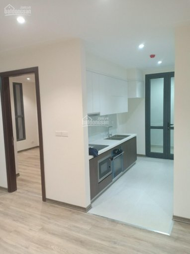 Cho thuê căn hộ 95m2, 2pn đồ cơ bản 10tr/th. LH 0941.599.868