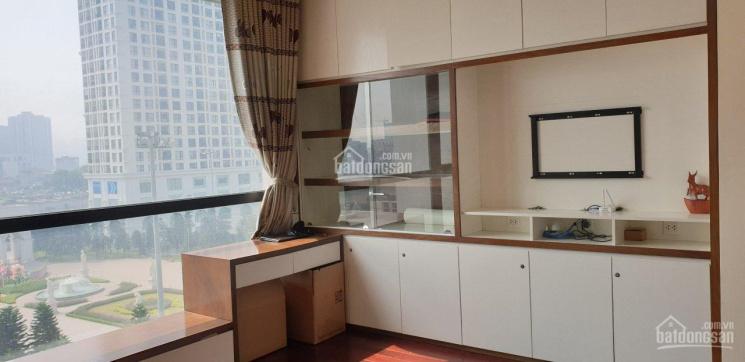 Chính chủ bán căn hộ tại R4A Royal City, 132m2, giá 6.5 tỷ có thương lượng. LH 0913.633.303